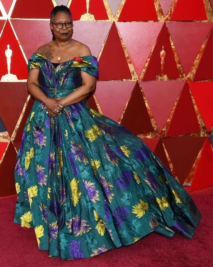 «Ей можно все!»: Вупи Голдберг предстала в образе диснеевской принцессы