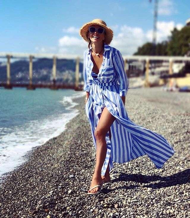 Полосатый мастер-класс от Татьяны Навки: фигуристка показала идеальный летний стиль