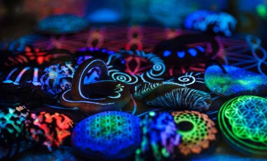 Светящиеся в темноте ювелирные изделия