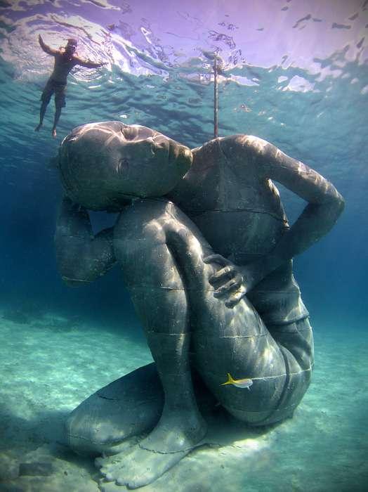 Ocean Atlas - грандиозная подводная скульптура